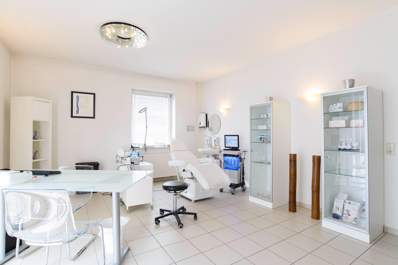 Hautarzt Kock Kosmetikraum